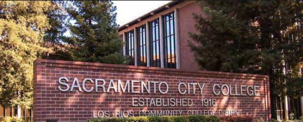 Caccia all'uomo in California dopo sparatoria in un college. Un morto e due feriti