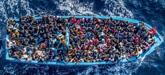 Migranti: la Ue ne accoglierà 160 mila secondo il piano obbligatorio per tutti. Intanto Danimarca chiude le frontiere
