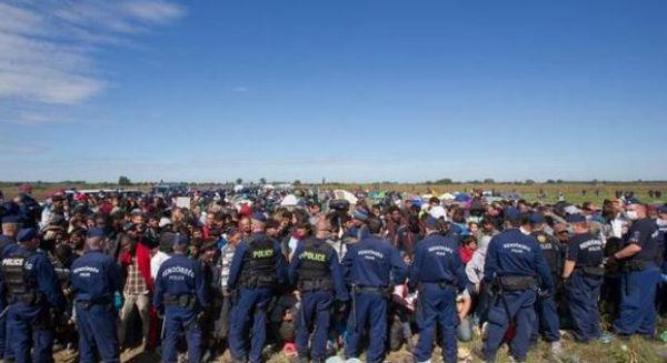 Migranti: la Danimarca riapre la frontiera, ma l'Austria ferma i treni per l'Ungheria