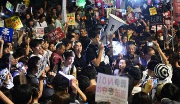 Giappone: Parlamento approva interventi esercito in altri paesi