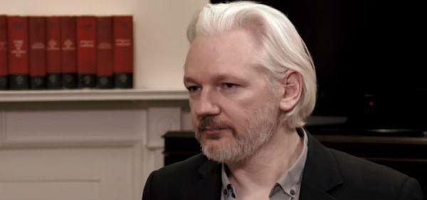 Londra: la polizia non controlla più l'ambasciata dove è rifugiato Assange. Costa troppo