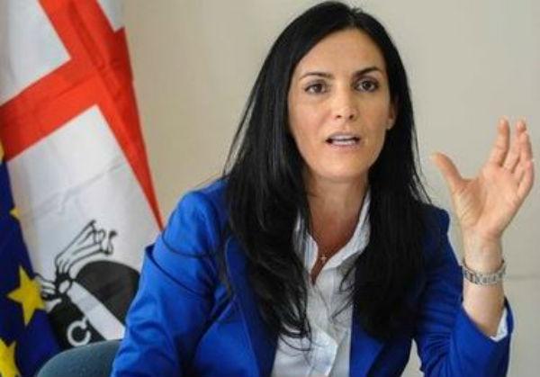 Governo Renzi: sottosegretaria Barracciu costretta alle dimissioni per le spese
