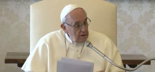 Papa Francesco chiede perdono per gli scandali. Salvini difende gli arrestati, solo perché lombardi