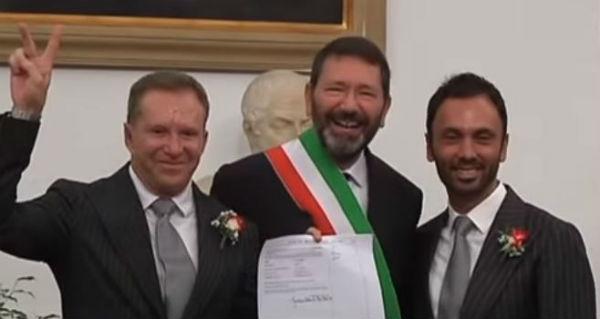 Nozze gay: Consiglio di Stato dice no alle trascrizioni di quelle fatte all'estero