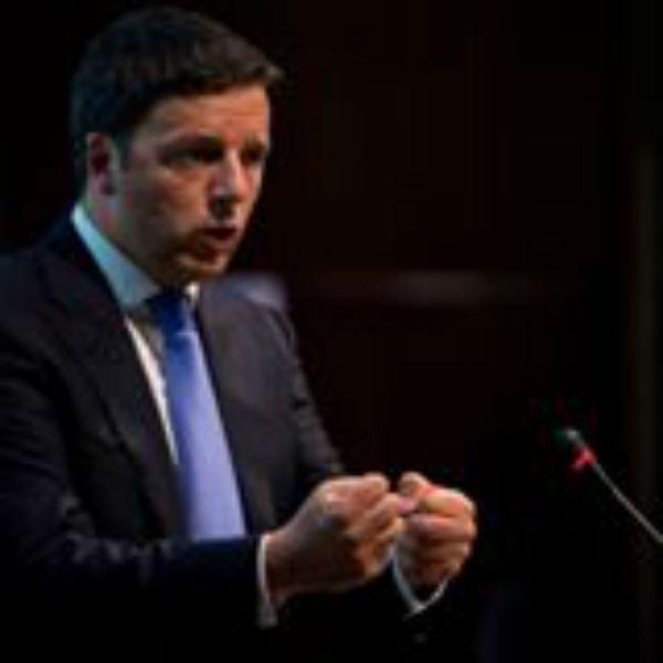 Renzi mostra i muscoli verso l'Europa. Se ci bocciano la manovra, la ripresentiamo