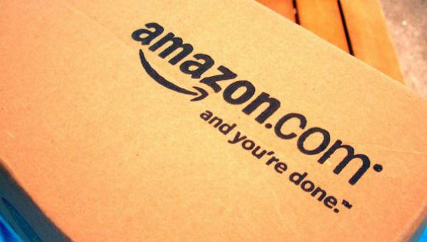 Amazon porta in tribunale autori di false recensioni a favore dei loro prodotti