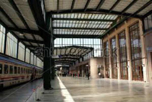 Attentato alla stazione di Ankara. Segnalate numerose vittime