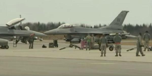 """Si scaldano i cieli turco siriani. Confronti tra jet russi e turchi. Rischio elevato di incidenti. Lanciamissile russo sulle coste della Siria crea di fatto una """"no fly zone""""."""