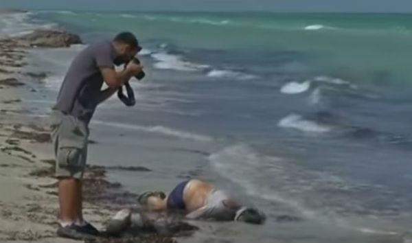 Migranti: due bimbi morti sulla spiaggia greca di Kos. 85 annegati in Libia