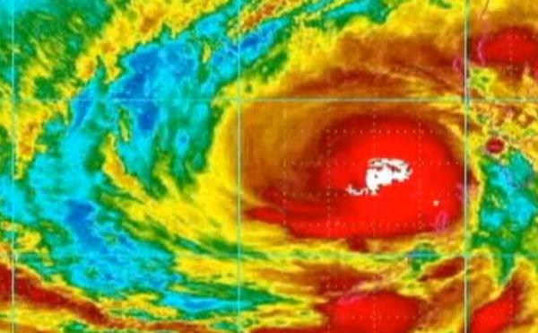 Filippine: atteso violento tifone. 6 milioni le persone da trasferire