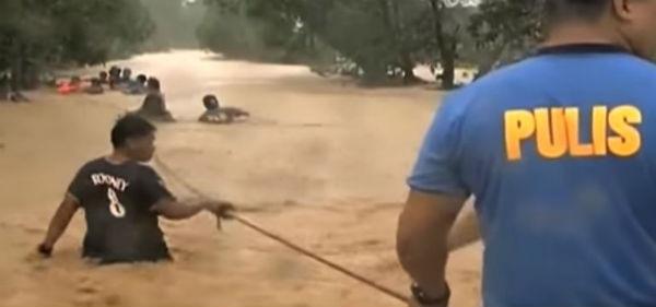 Tifone Koppu devasta le Filippine. 16 i morti. Impossibile cercare i dispersi