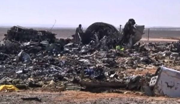 Aereo caduto sul Sinai: per Egitto esploso un motore. I voli da Sharm per Uk sospesi