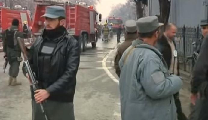 Afghanistan: attacco dei talebani nel cuore di Kabul contro gli stranieri