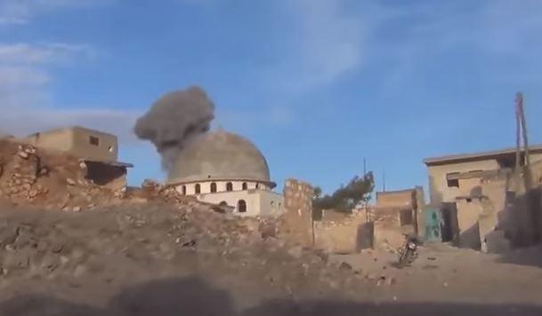 Siria: bombardamenti occidentali eliminano 32 jihadisti. I russi colpiscono Palmyra