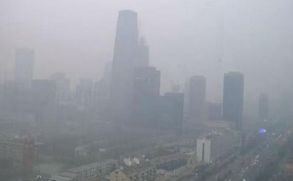 Cina : ancora allarme rosso per lo smog a Pechino