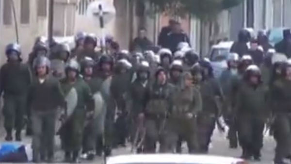 Siria: strage con autobomba ad Homs dopo tre giorni di tregua e ritorno sotto il controllo di Damasco