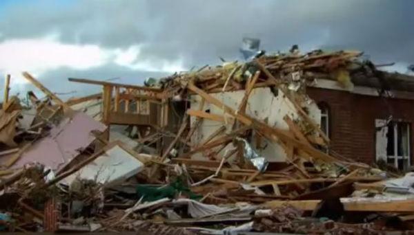 Usa: 11 morti nel Texas per i tornado. 29 negli stati del sud