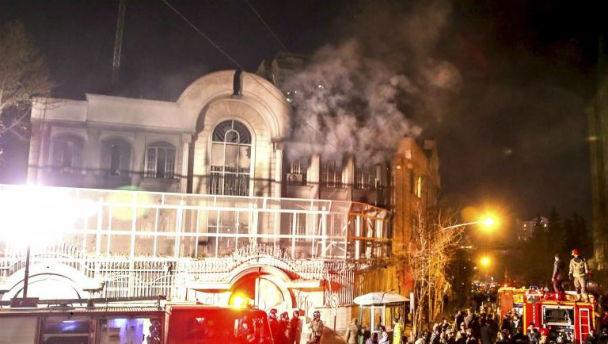 Teheran: assalto all'ambasciata dell'Arabia Saudita dopo esecuzione imam sciita