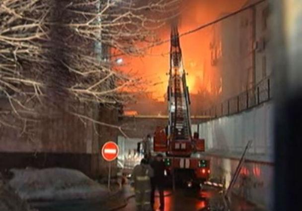 Mosca: incendio in una fabbrica. Muoiono 12 migranti, tra cui 3 bambini