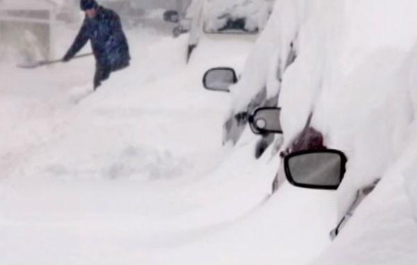 Usa: in arrivo pesanti tormente di neve in grado di bloccare Washington e New York
