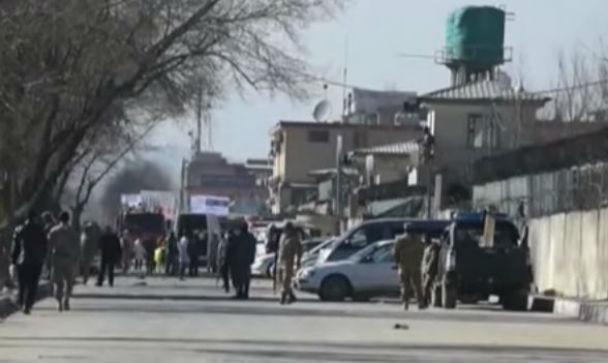 Kabul: attentatore suicida fa strage tra poliziotti. 20 morti