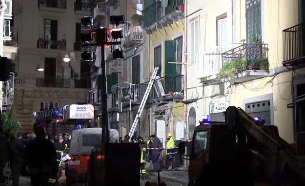 Napoli: esplosione in centro. Due feriti. Palazzi sfollati