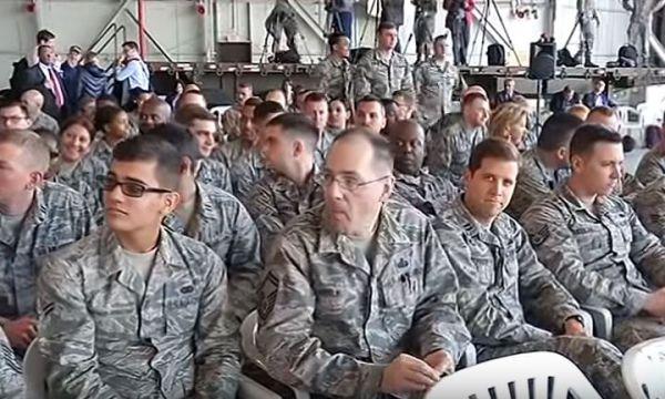 Usa sfolla famiglie di funzionari e militari dal sud della Turchia