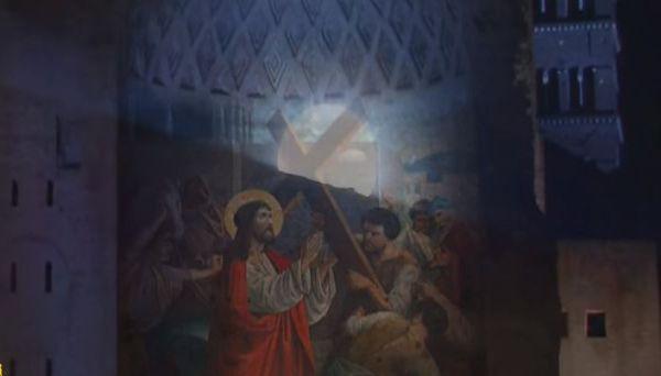 Francesco alla Via Crucis: no al terrorismo, ai corrotti, ai pedofili. Mediterraneo insaziabile cimitero