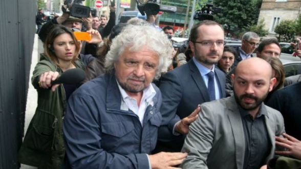 Oggi i funerali di Casaleggio salutato ieri da tutta l'Italia