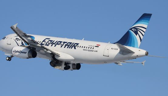 Precipitato EgyptAir in volo Parigi  Cairo