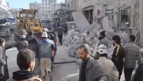 Siria: bombardamento su città ribelle fa decine di morti