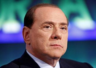 Berlusconi rischia la vita. Operato a breve