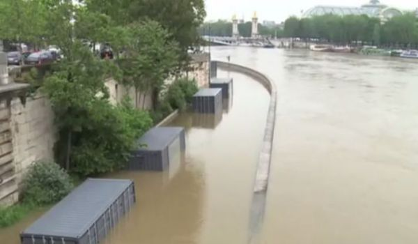 Violenti piogge continuano ad abbattersi su Germania e Francia, 5 i morti