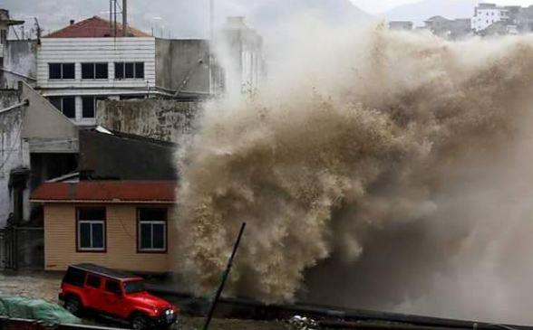 Cina: tifone fa 100 morti e 800 feriti
