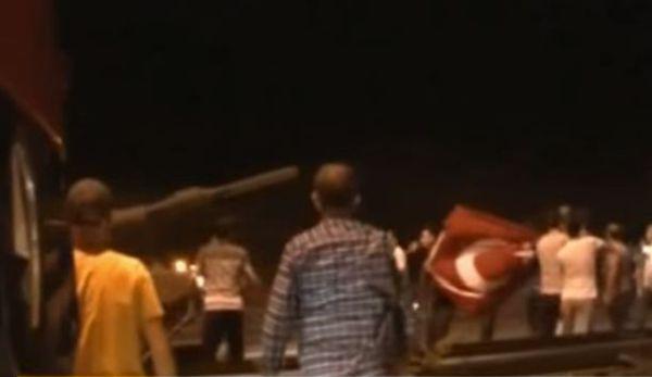 Turchia: fallito il colpo di stato.Ore di caos