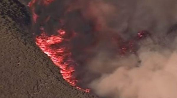 California: 80 mila sfollati per gli incendi. 5 feriti