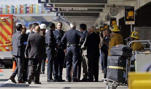 Los Angeles: caos all'aeroporto per falso allarme terrorismo