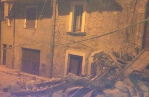 Violentissimo terremoto ad Amatrice. Ci sono morti. Altre scosse a Perugia