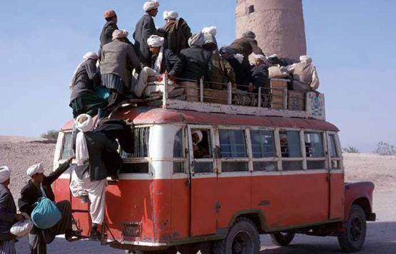 Afghanistan: incidente stradale con 36 morti. Bambini carbonizzati