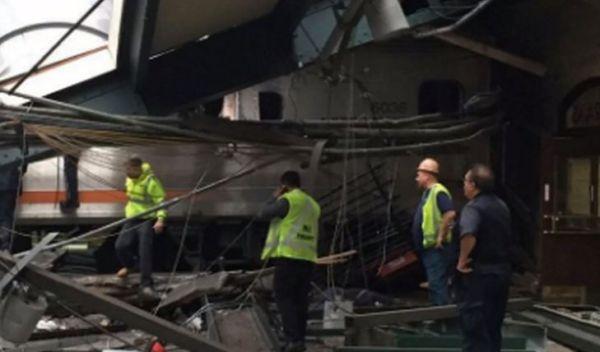 New Jersey: deraglia treno pendolari. 100 feriti