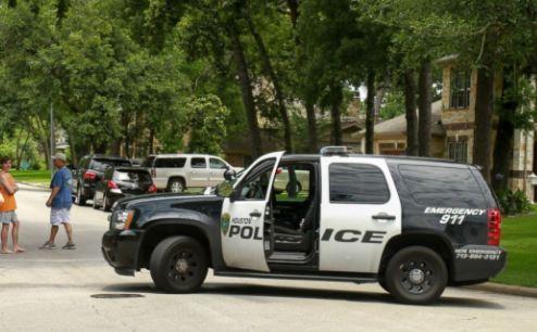 Sparatoria in Texas: persone colpite in centro commerciale