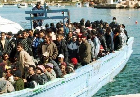6.000 migranti recuperati in mare. Diretti verso Italia