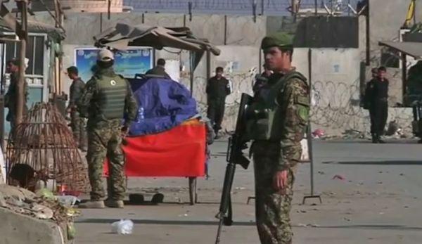 Afghanistan: 4 morti e 13 feriti nell'attacco a grande base Usa