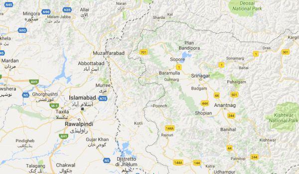Kashmir: 9 morti su bus bombardato. Pakistan: è stata l'India