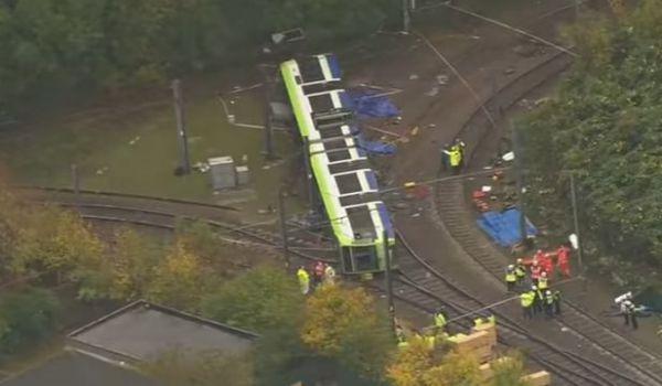 Londra: deraglia tram. 5 morti 51 feriti