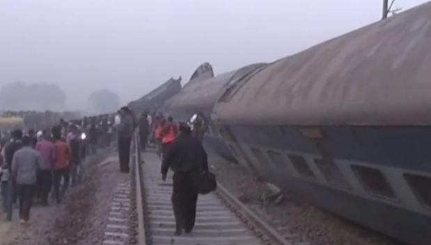 India, deraglia un treno: 96 morti e oltre 150 feriti