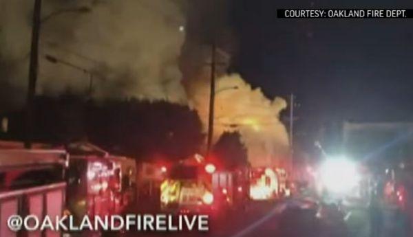 Fino a 40 i morti dell'incendio nel night di Oakland