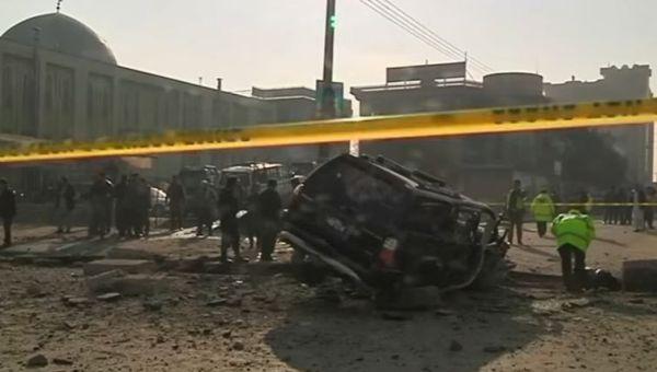 Afghanistan: strage a Kabul vicino al Parlamento. 22 morti