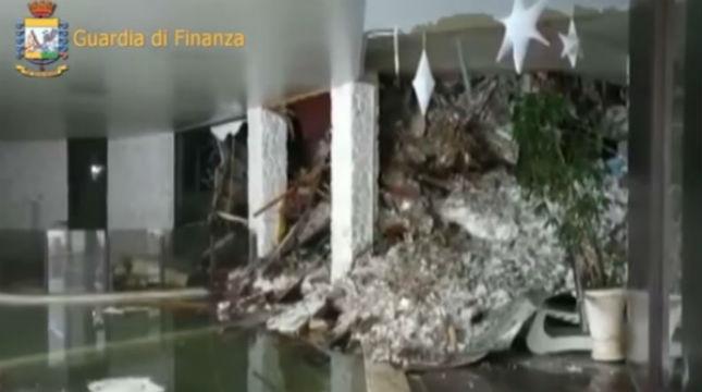 Hotel Rigopiano: individuata sesta vittima. Al momento 11 i sopravvissuti