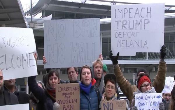 Usa: continua la rivolta contro Trump